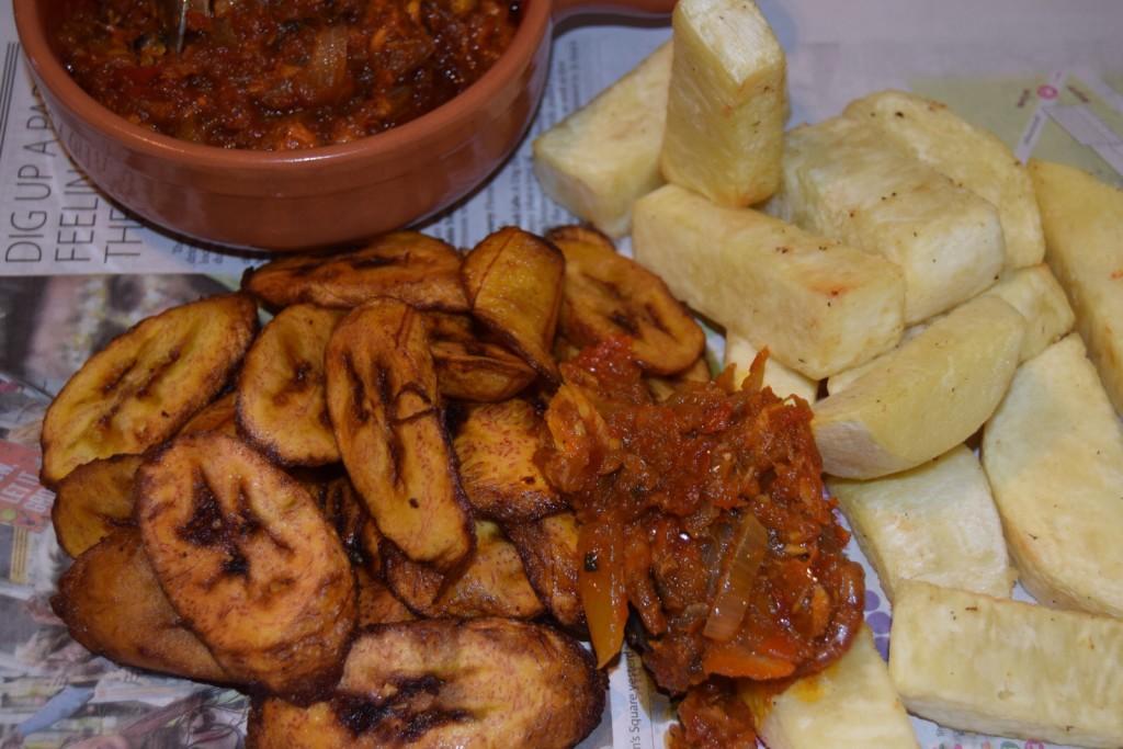 Fried Yam (Dundun) And Ata Dindin
