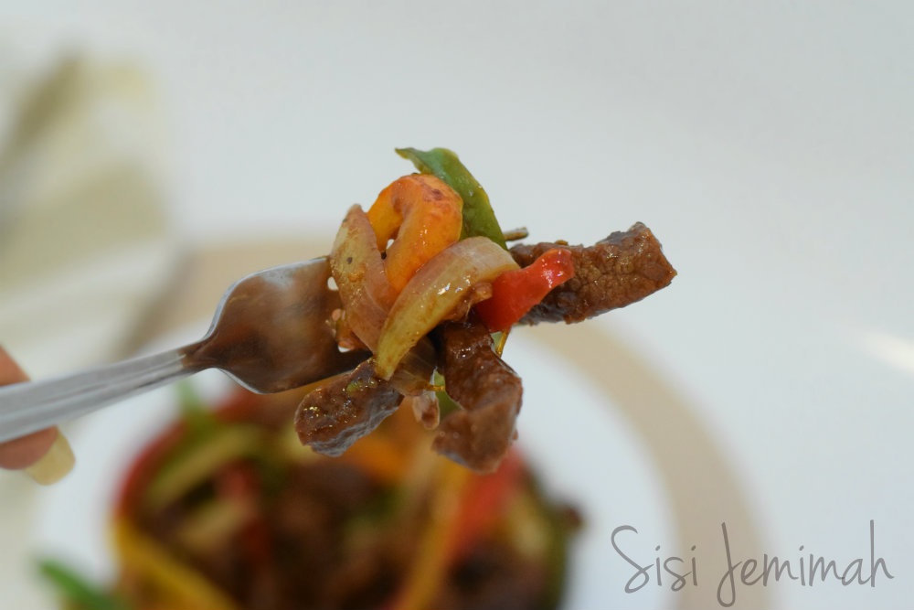 Shredded beef sauce 4