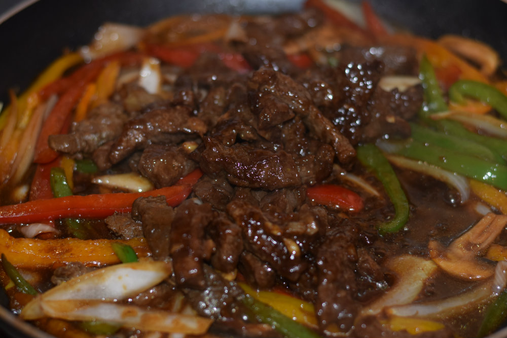 Shredded beef sauce 8