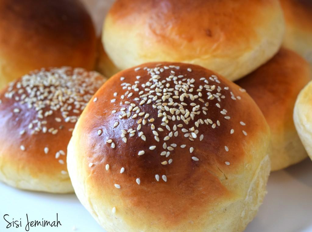 dinner rolls 3